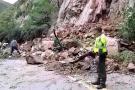 Hay paso restringido en la vía Bucaramanga - San Gil por caída de piedras