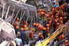Cuatro niños y una mujer murieron tras el derrumbe de un edificio en la India