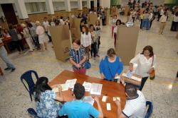 Abstención sigue cayendo: más de 19 millones de colombianos salieron a votar