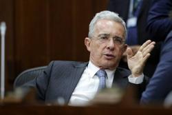 Prima extra para trabajadores pasó su primer debate en el Senado