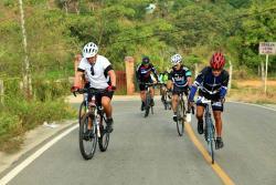 ¿Debe restringirse el tránsito de ciclistas por Ruitoque?