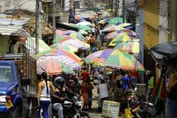 Para la comunidad es inaudito que en pleno centro histórico del municipio exista invasión de comerciantes ambulantes, contaminación, mal estado de la malla vial, problemas de movilidad y consumo de droga.