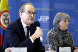 Procuraduría entregó a la JEP investigaciones de la Fuerza Pública