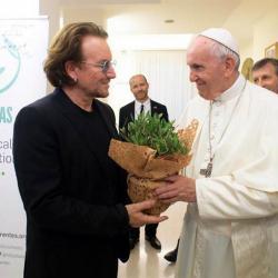 El Papa y Bono hablaron de pederastia en privado en el Vaticano