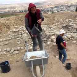 Arqueólogos desentierran la primera ciudad en la actual Palestina