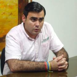 El alcalde de Floridablanca, Héctor Mantilla, quien ha reiterado que el POT no tiene irregularidades; la Vicepresidenta Marta Lucía Ramírez, y el alcalde de Bucaramanga, Rodolfo Hernández.