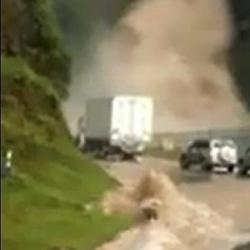 No coma cuento, esta emergencia no ocurrió en la vía entre Bucaramanga y Cúcuta