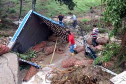 Imágenes de la emergencia en la vía a Los Curos