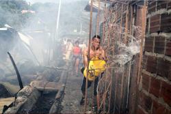Los rostros de la emergencia por el grave incendio en Bucaramanga