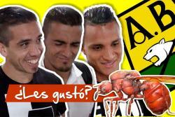 Jugadores del Atlético Bucaramanga se le midieron al reto de probar la hormiga culona