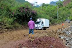 Se habilitó paso provisional en la vía que comunica a Bucaramanga con Matanza