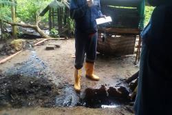 En peligro cuatro familias por fuga de petróleo en Barrancabermeja