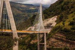 Así avanzan las pruebas de carga del Puente Hisgaura en Santander