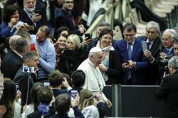 El papa ofrece una misa en honor a la Virgen de Guadalupe