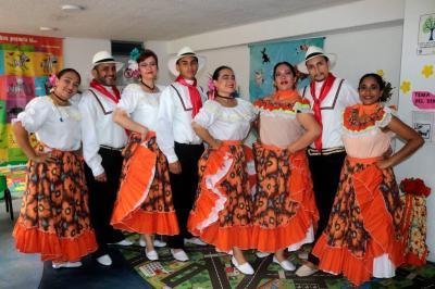 Lucy Uyaban, Jhon Jairo Velásquez, Alba Lucy Muralla, Fabián González, Lina Salazar, Maritza Bustos, Eduardo Espinoza y Ana Rincón.