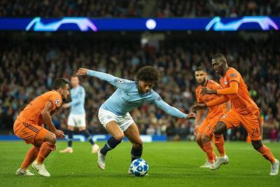 El Lyon conviertió en pesadilla el estreno del City en Champions