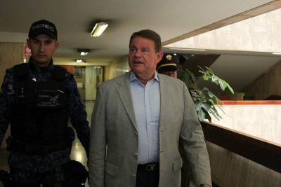 Exsenador Otto Bula fue condenado a dos años de cárcel por soborno