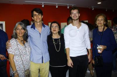 Patricia Ledezma, Jean Villoud, Amparo Caballero, Leo Lavisse y Lucila de Mudezma.
