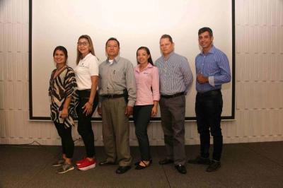 Kelly Pinzón, Luz Cortés, Calixto García, Angie Jaimes, Juan Carlos Amaya y Jaiber Angarita.