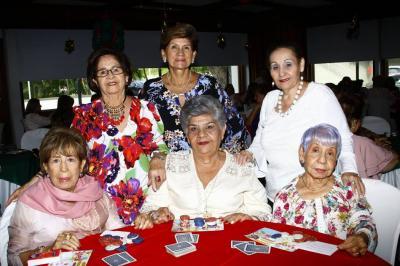 Alicia de Álvarez, Luz Ángela Uribe, Cecilia de Rosales, Isabel de Abril, Nubia de Casas y Nubia Rocha.