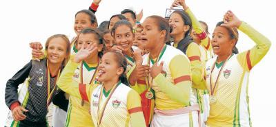 Selección Santander Infantil de Fútbol Femenino, Deporte de Conjunto