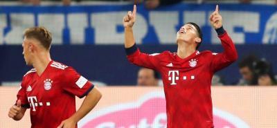 James Rodríguez abrió el camino para la victoria 0-2 del Bayern ante el Schalke