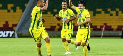 Atlético Bucaramanga superó anoche 3-0 a Chicó, en un juego donde los 'Leopardos' mostraron un fútbol de alto vuelo, que les permitió asegurar la clasificación a los cuartos de final de la Liga Águila II de 2018. El club santandereano completó la séptima victoria consecutiva.