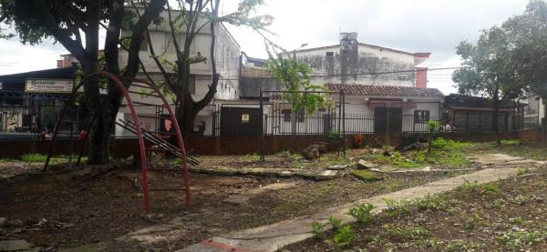 Parque infantil en Zapamanga II se encuentra abandonado hace más de cinco años